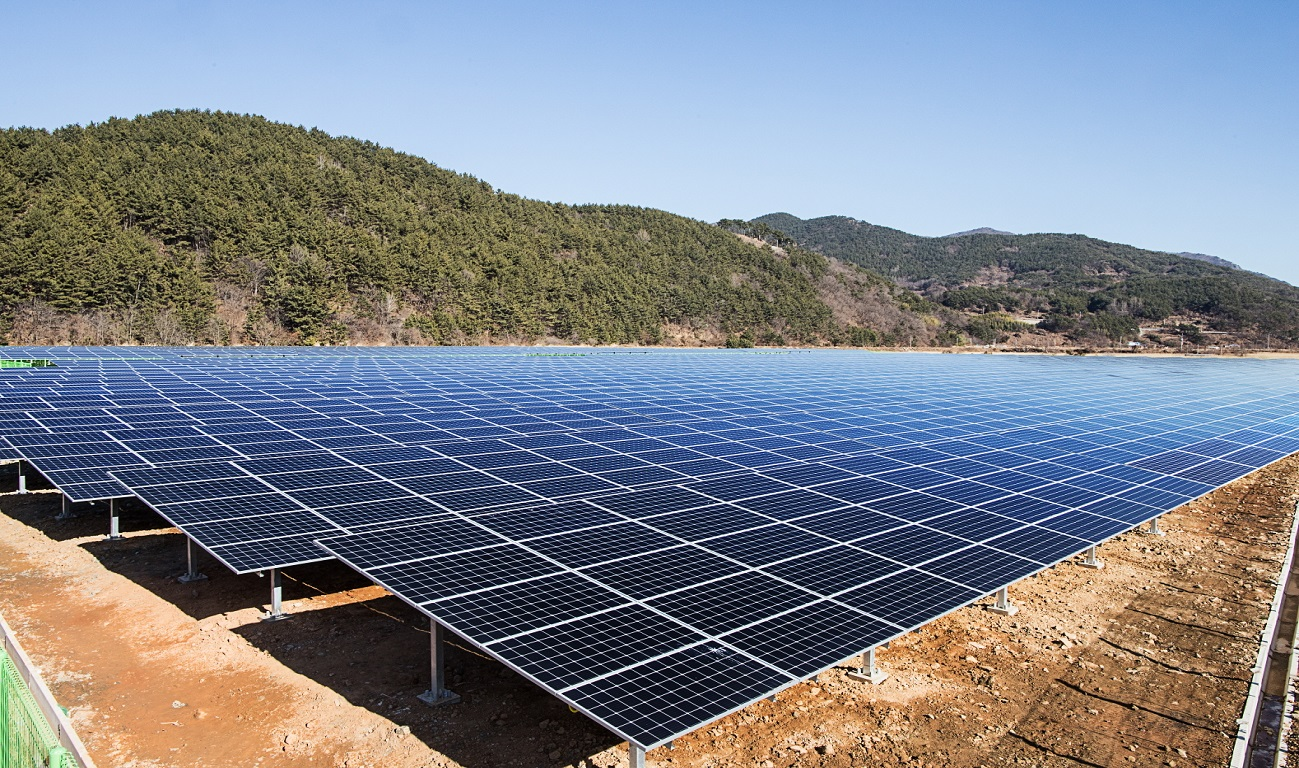 [Press Release] Namhae Solar Power Plant, Built Jointly by OCI and Woosung Ace, Begins Operation in Earnest image